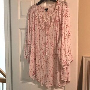 Torrid blouse size 3 white, and pink